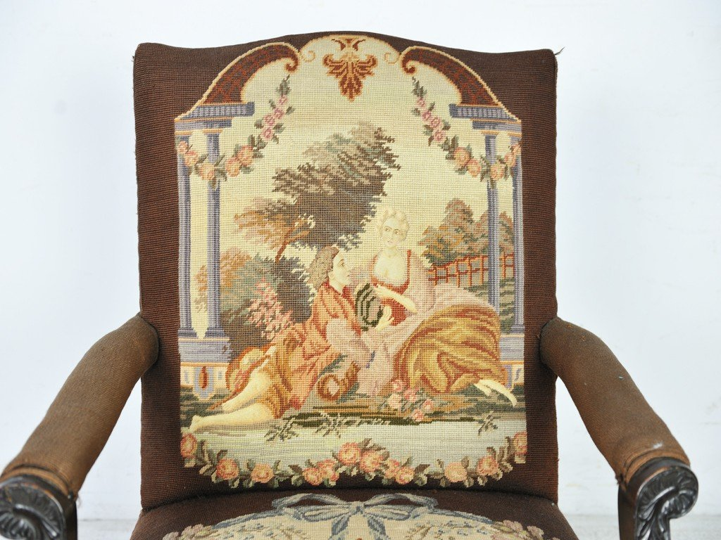 289: AN ENGLISH REGENCY STYLE TAPESTRY-UPHOLSTERED ARMC - 4