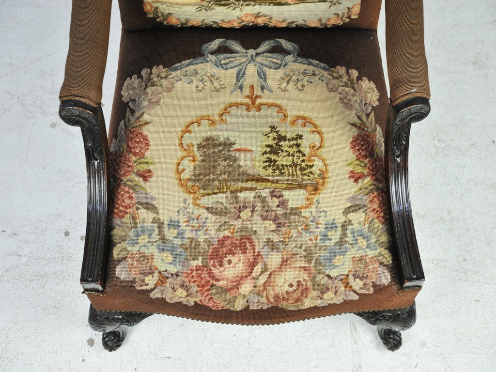 289: AN ENGLISH REGENCY STYLE TAPESTRY-UPHOLSTERED ARMC - 5