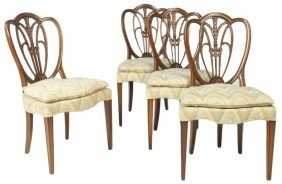 14: A SET OF FOUR MID CENTURY HEPPLEWHITE STYLE SIDE CH