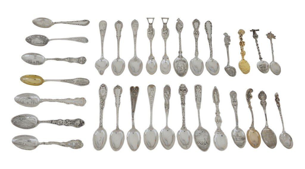 4: A LOT OF 31 ANTIQUE STERLING SILVER SOUVENIR AND COL