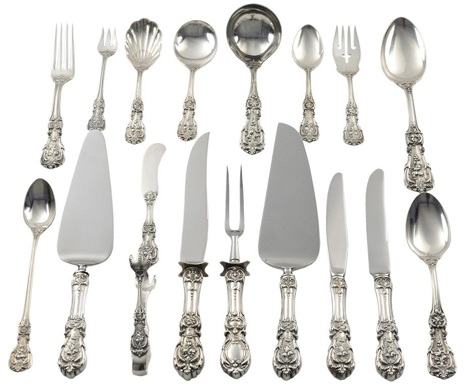 13: A 121-PIECE SET OF REED & BARTON STERLING SILVER FL