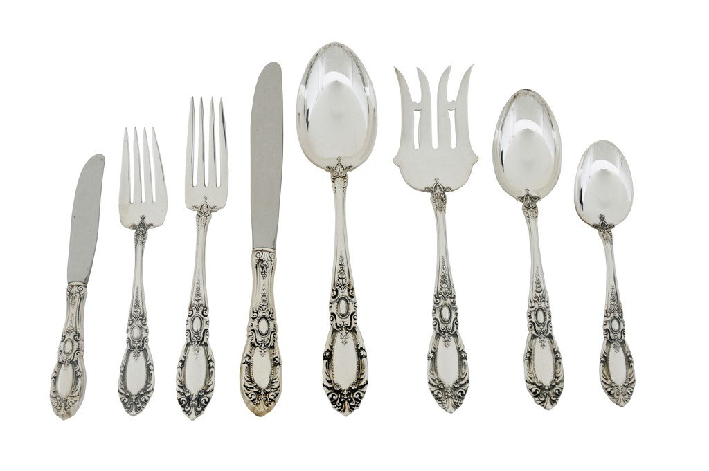 16: A 52-PIECE SET OF TOWLE STERLING SILVER FLATWARE, A