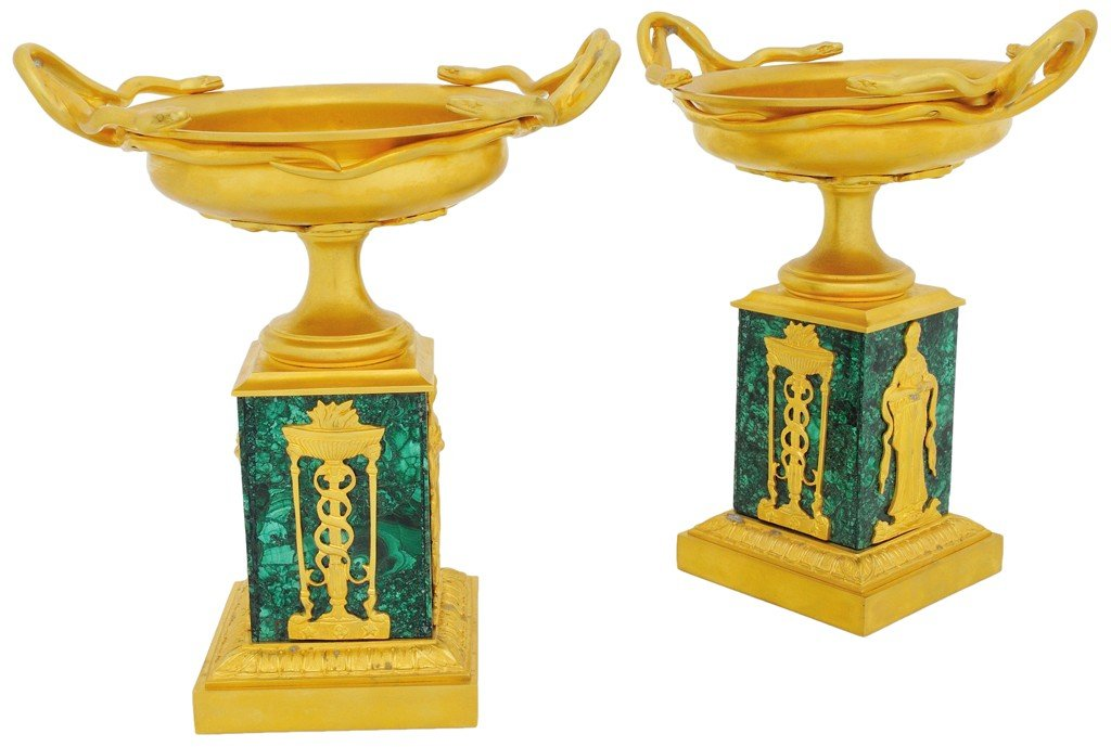 22: A PAIR OF RUSSIAN NEOCLASSICAL STYLE GILT BRONZE UR