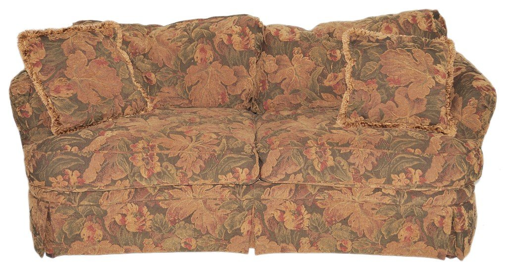 8: A SMALL TWO CUSHION SOFA IN FLORAL CHENILLE BY HIGHL