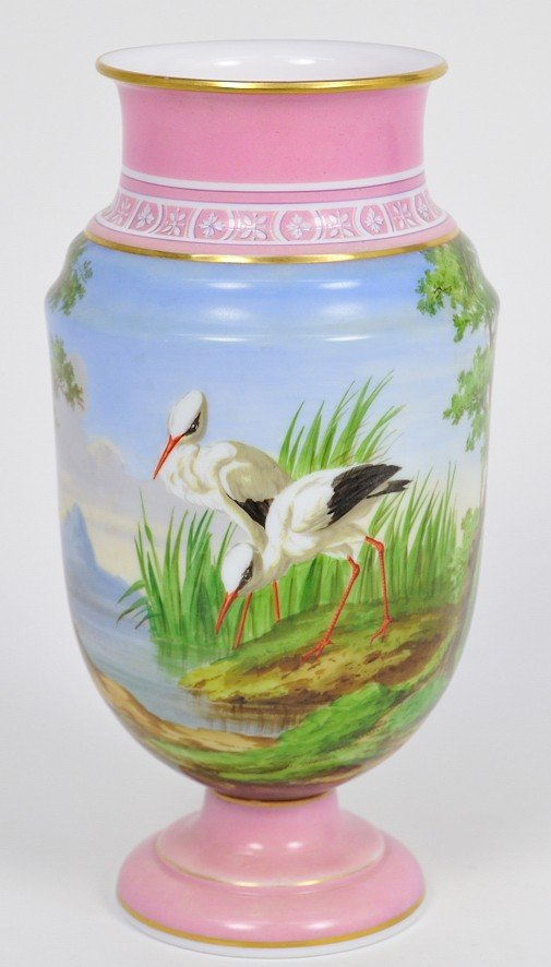 20: A LARGE 19TH CENTURY FRENCH URN WITH HAND PAINTED D