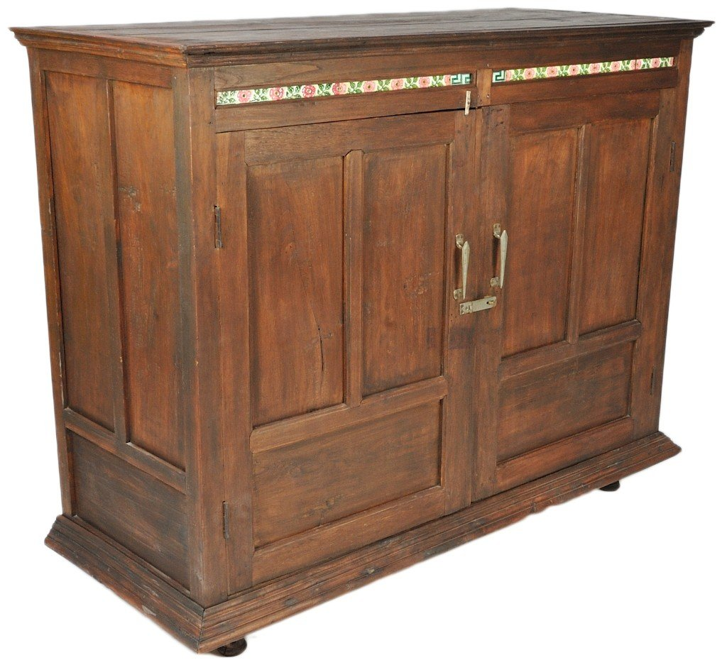 24: 19TH CENTURY SOLID TEAK LARGE BUFFET WITH SOLID SHE