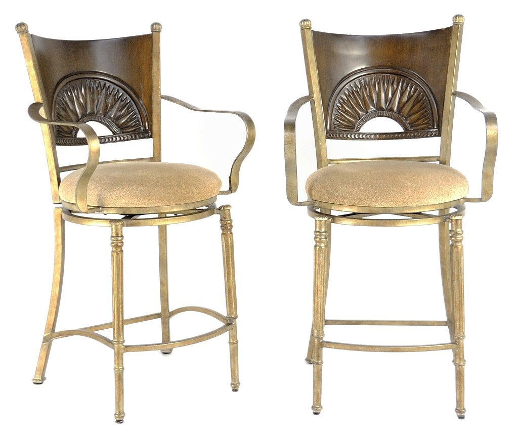 19: A PAIR OF IRON BARSTOOLS WITH LEATHER SEATS
