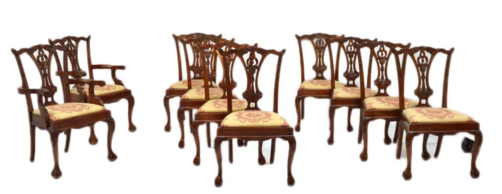 83: SET OF 10 CHIPPENDALE STYLE BALL & CLAW DINING CHAI