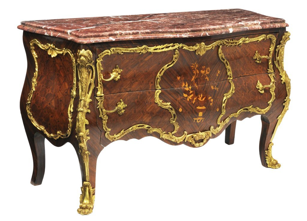 189: A BOLD LOUIS XV STYLE ROSEWOOD MARQUETRY COMMODE W