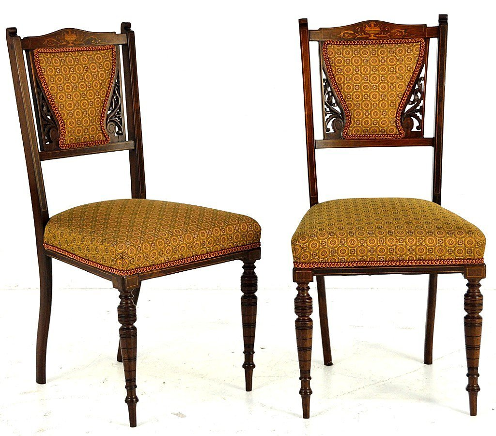 1: A PAIR OF CONTINENTAL ROSEWOOD SIDE CHAIRS WITH MARQ