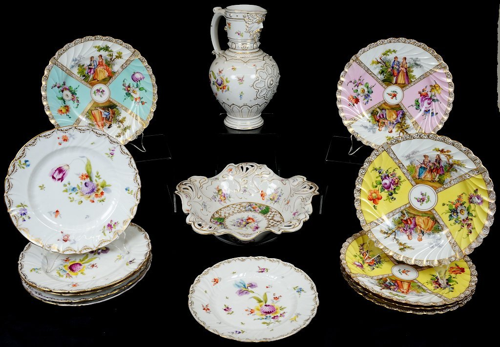 19: 14 PIECES OF FLORAL DECORATED DRESDEN PORCELIAN