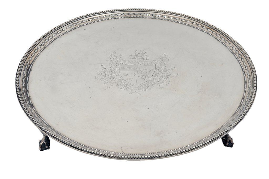 12: A LARGE BRITISH STERLING SILVER PLATEAU 19th Centur