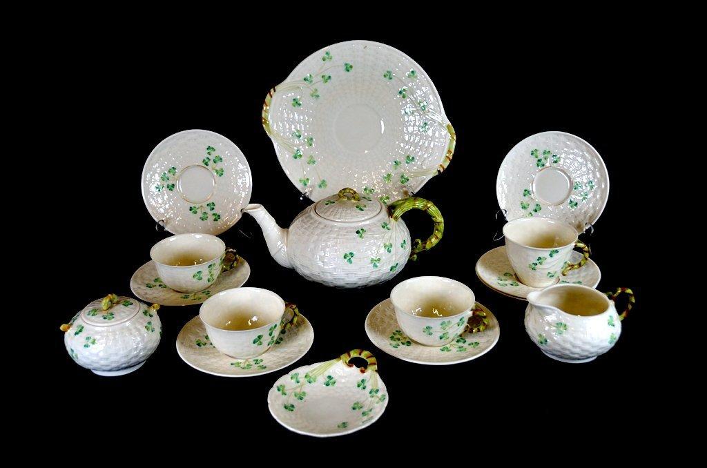 5: A 16-PIECE BELLEEK CHINA SHAMROCK TEA SET