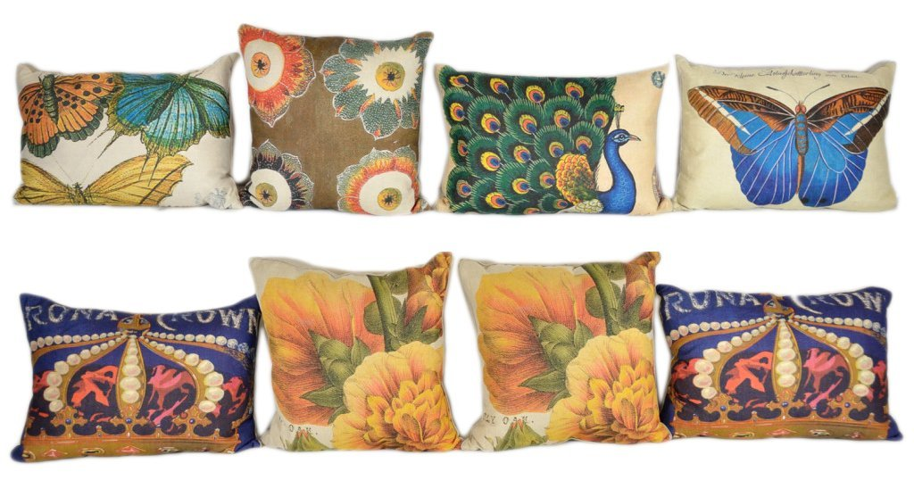 3: A GROUP OF EIGHT DECORATIVE PILLOWS