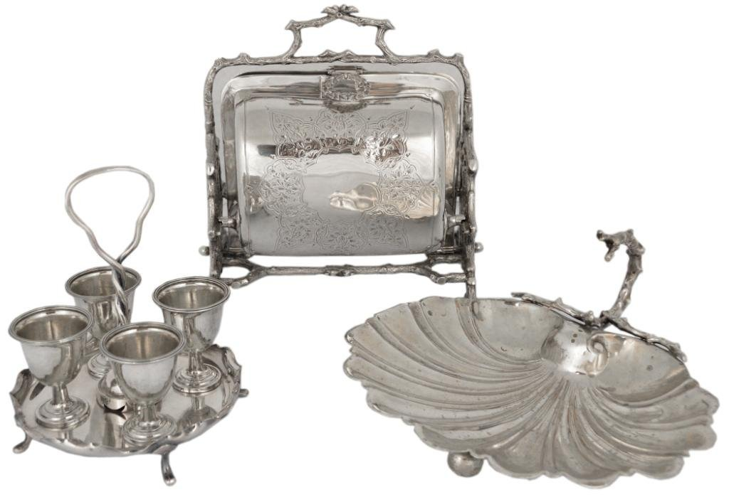 24: A GROUP OF ANTIQUE VICTORIAN SILVERPLATE