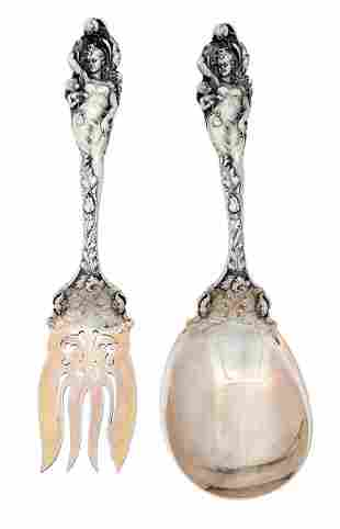 TWO ANTIQUE REED AND BARTON STERLING SILVER SERVING