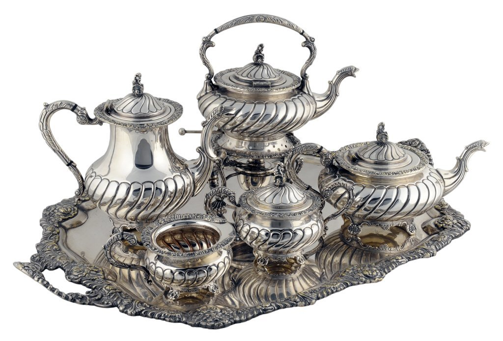 5: A VINTAGE GEORGE IV STYLE CIRO SILVER ON COPPER TEA
