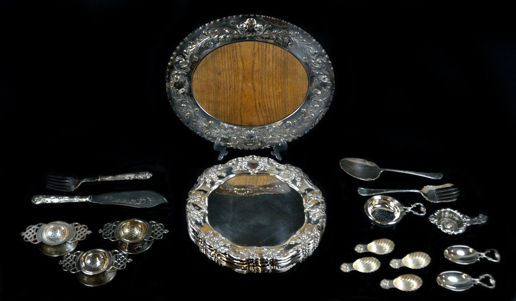 8: 27 PIECES OF SILVERPLATE