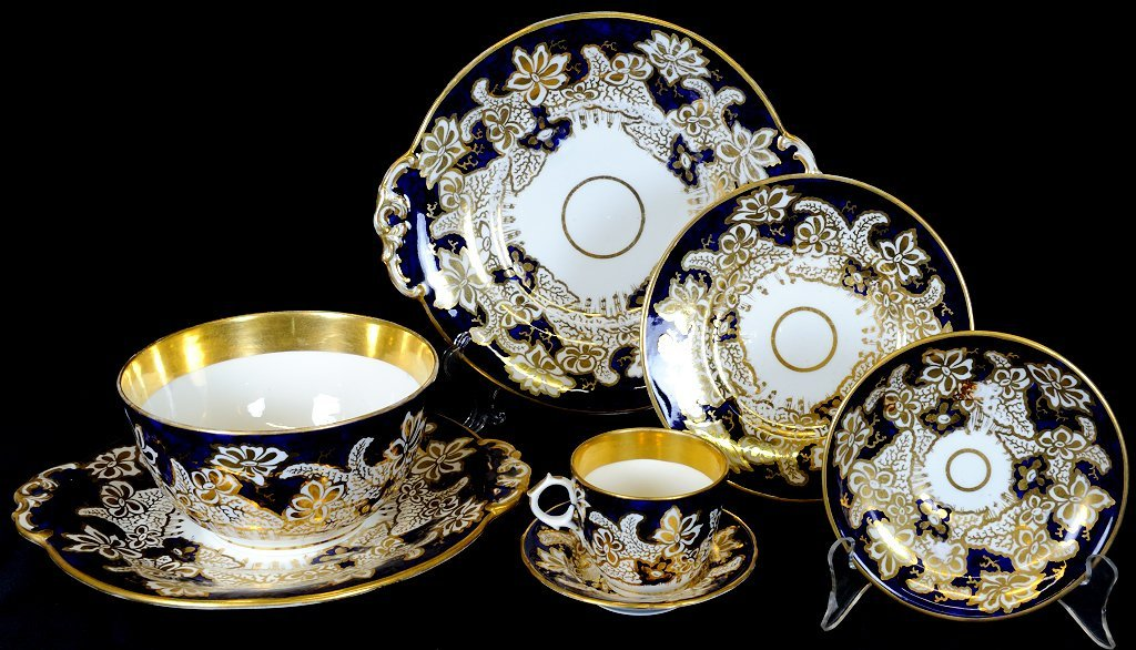 21: ANTIQUE ENGLISH PORCELAIN DESSERT SET