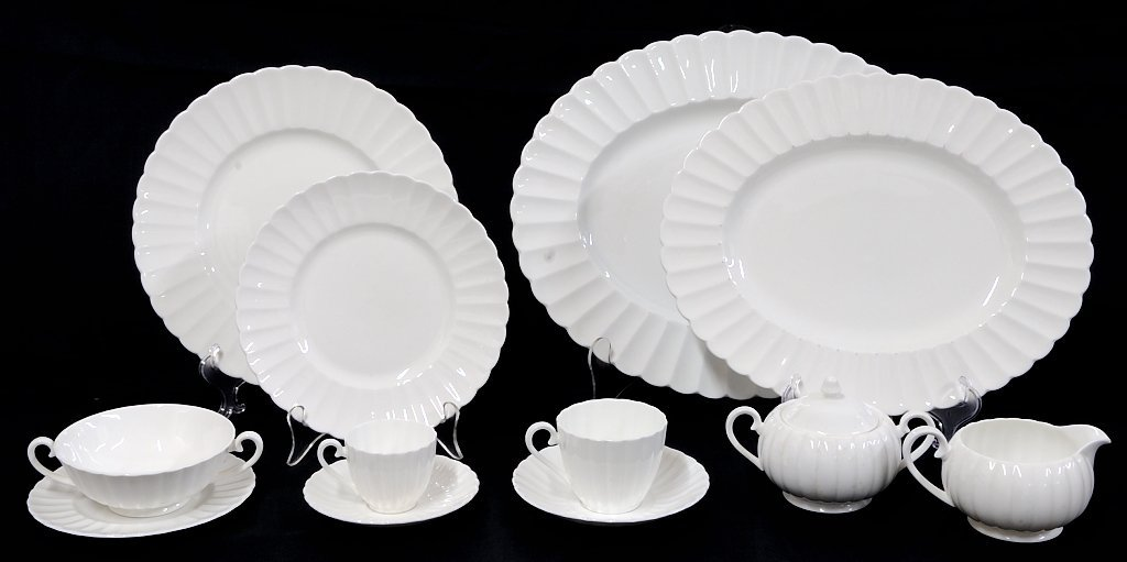 24: SUSIE COOPER WHITE FLUTE CHINA SET