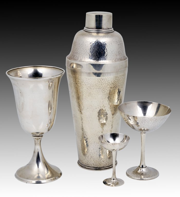 1: A GROUP OF 20 STERLING SILVER GOBLETS AND A COCKTAIL