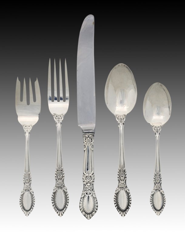 8: 98 PIECE SET OF REED AND BARTON STERLING SILVER FLAT