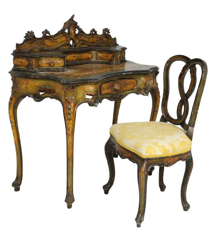 16: A VENETIAN ROCOCO STYLE PAINTED AND PARCEL GILT WRI