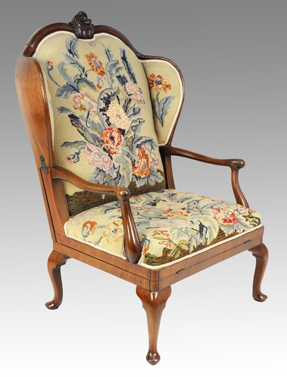 17: A CLEVER QUEEN ANNE STYLE MAHOGANY MECHANICAL CHAIR