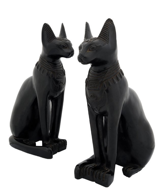 21: A PAIR OF EMPIRE STYLE CARVED BLACK BASALT EGYPTIAN