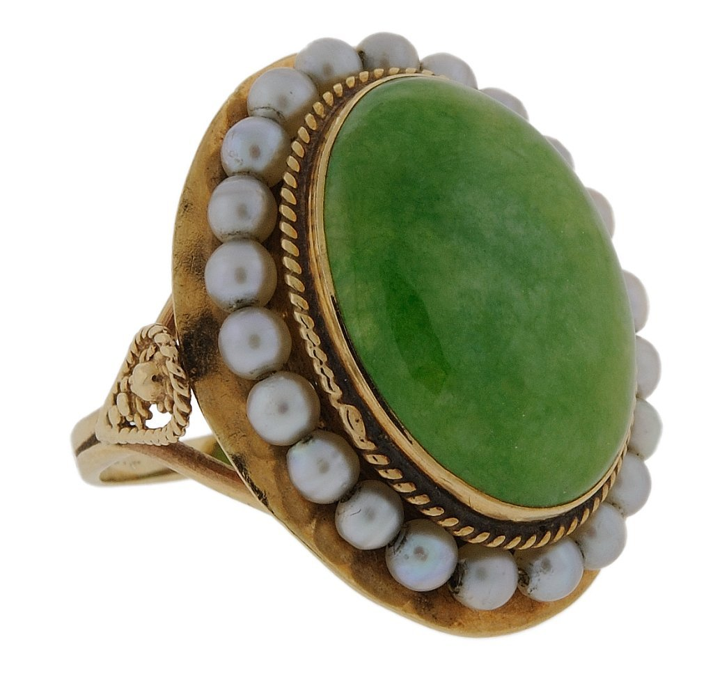 17: ESTATE 14KT GOLD JADE AND SEED PEARL RING