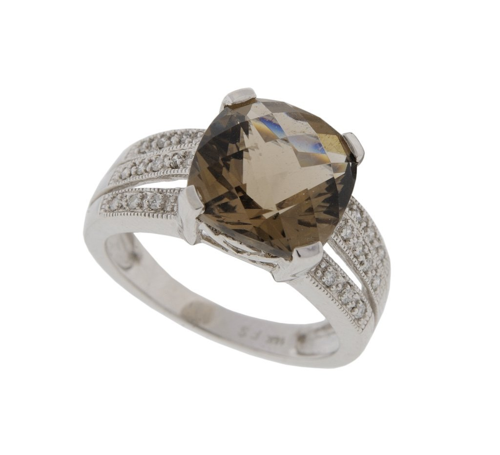 19:14KT WHITE GOLD SMOKEY QUARTZ AND DIAMOND RING
