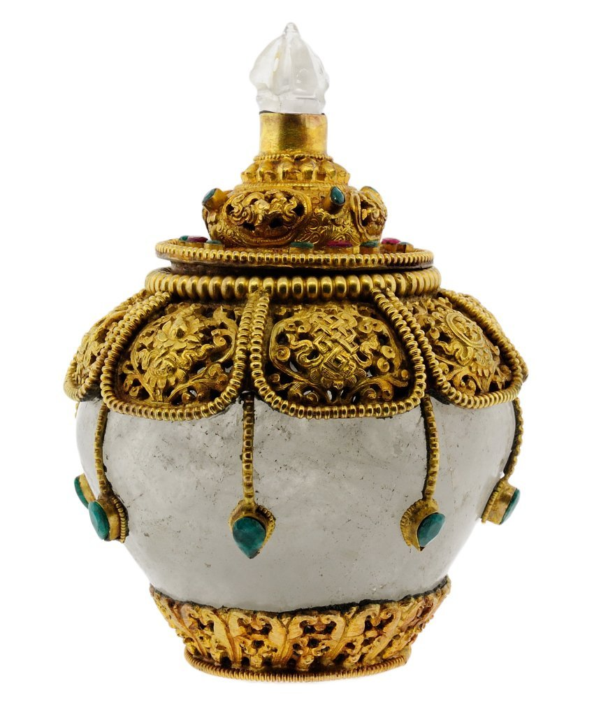 7: ROCK CRYSTAL, RUBY AND EMERALD LIDDED VESSEL