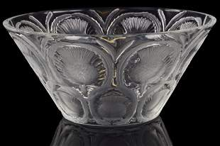 """A BRILLIANT AMERICAN LALIQUE """"THISTLE"""" CRYSTAL BOWL"""