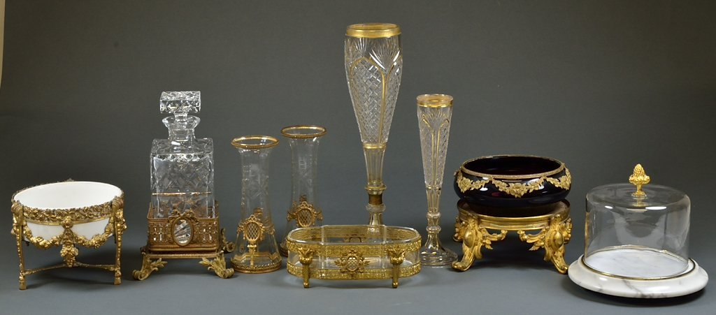 6: A COLLECTION OF VINTAGE GILT, CUT CRYSTAL AND GLASS