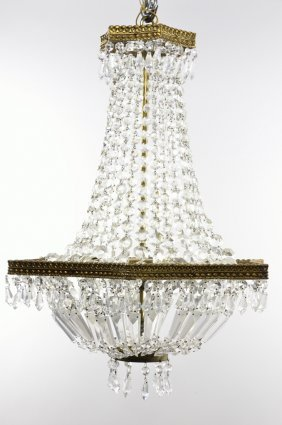 A VINTAGE THREE LIGHT EMPIRE STYLE CHANDELIER