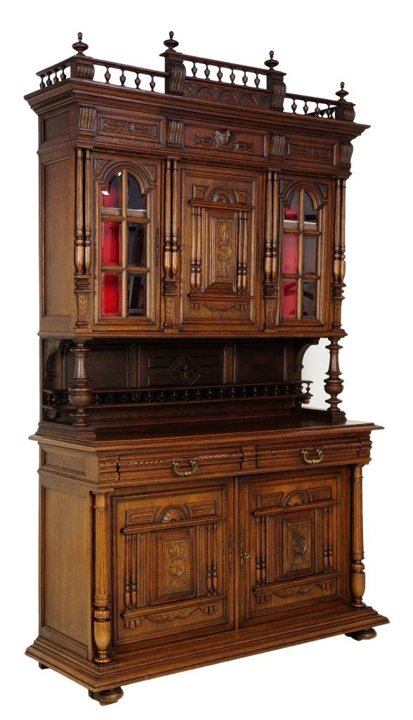 15: ANTIQUE FRENCH VICTORIAN STYLE OAK BUFFET