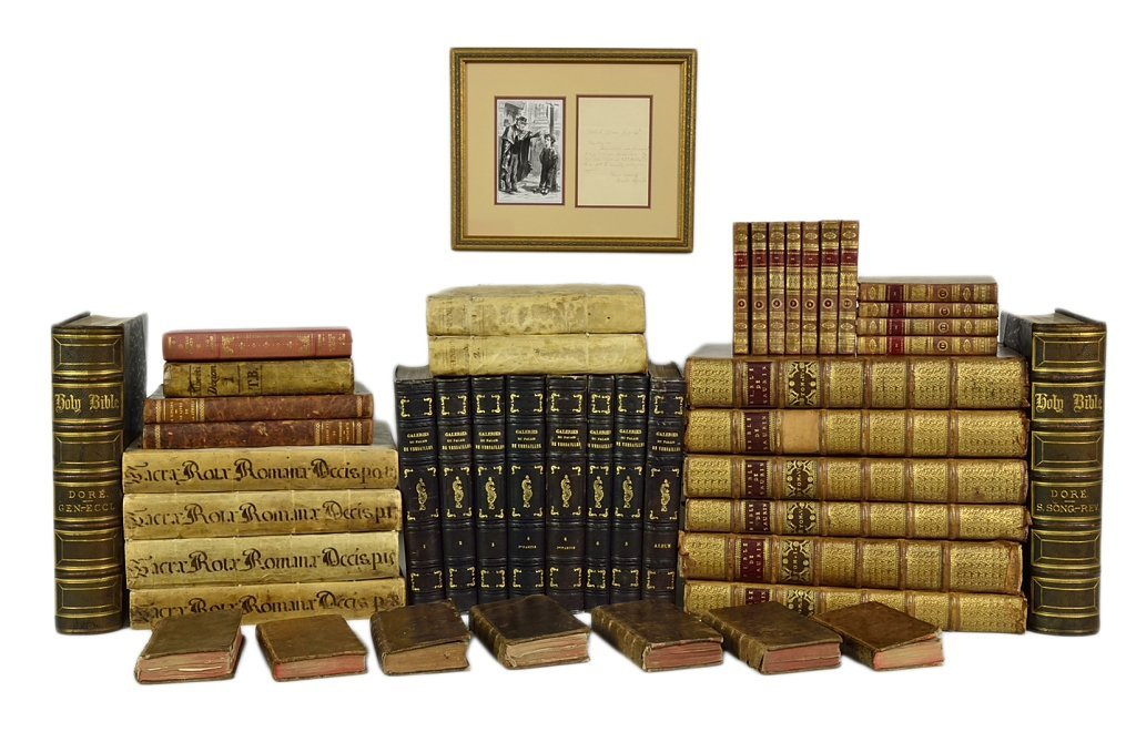 117: A GROUP OF FRENCH AND LATIN ANTIQUE BOOKS