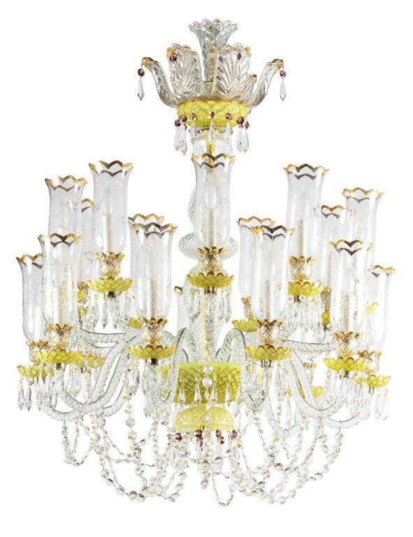 18: A GLORIOUS BACCARAT CRYSTAL 18-LIGHT CHANDELIER Ist