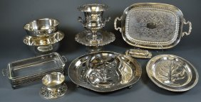A SILVER PLATE SERVING COLLECTION