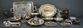 A GROUP OF ANTIQUE AND VINTAGE SILVER FOR SERVING