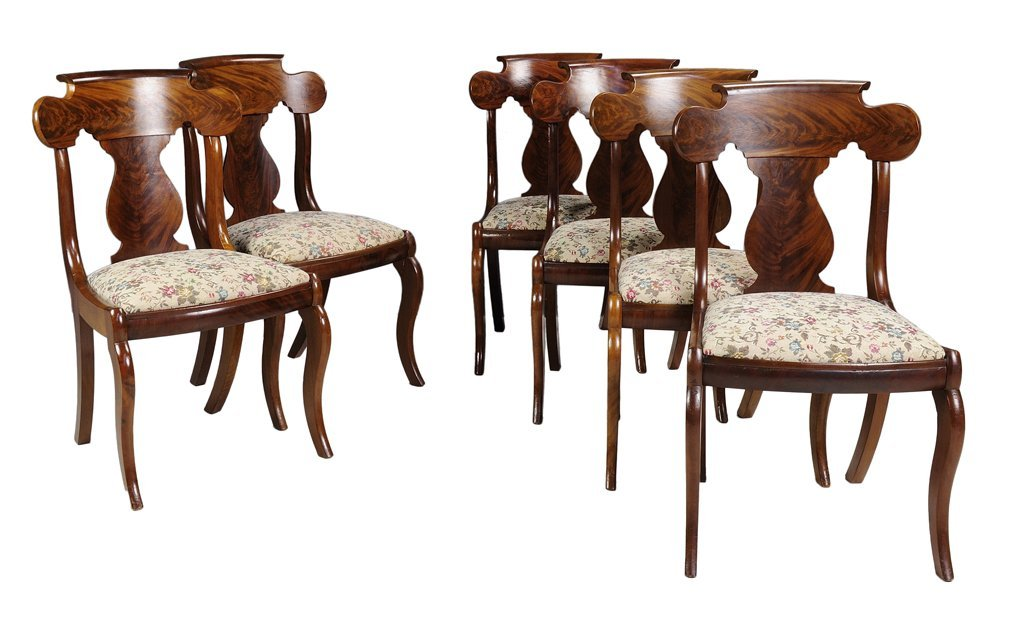 A SET OF SIX EMPIRE STYLE FLAME MAHOGANY SIDE CHAIRS Ve