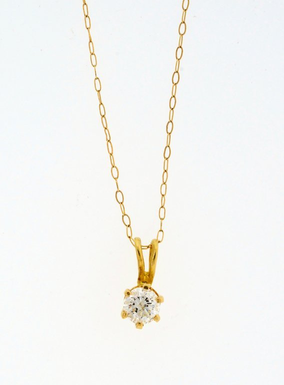 A YELLOW GOLD DIAMOND SOLITAIRE PENDANT AND GOLD CHAIN