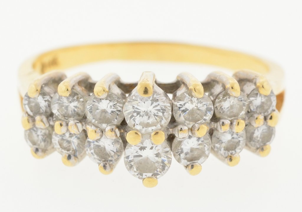 A 14KT YELLOW GOLD DIAMOND RING Very good condition.