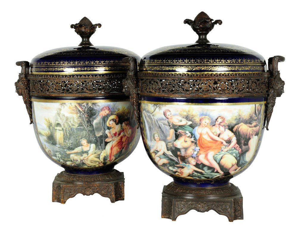 A LARGE PAIR OF SEVRES STYLE PORCELAIN COVERED POTPOURR