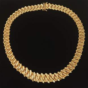Ladies' Italian Gold Interwoven Ruffle Style Necklace