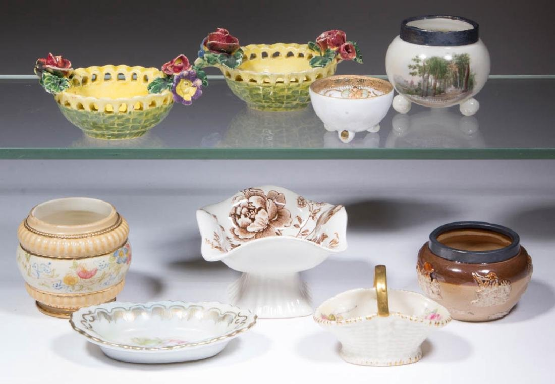 ASSORTED CERAMIC OPEN SALTS AND OTHER ARTICLES, LOT OF