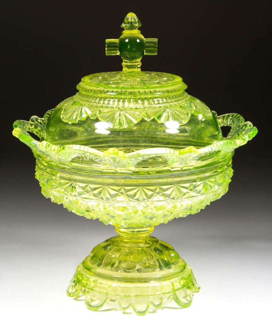 BELMONT NO. 100 / DAISY AND BUTTON COVERED COMPOTE