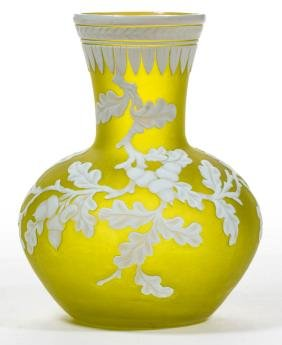 ENGLISH CAMEO ART GLASS VASE