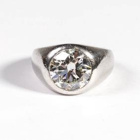 VINTAGE PLATINUM AND 5 CARAT DIAMOND