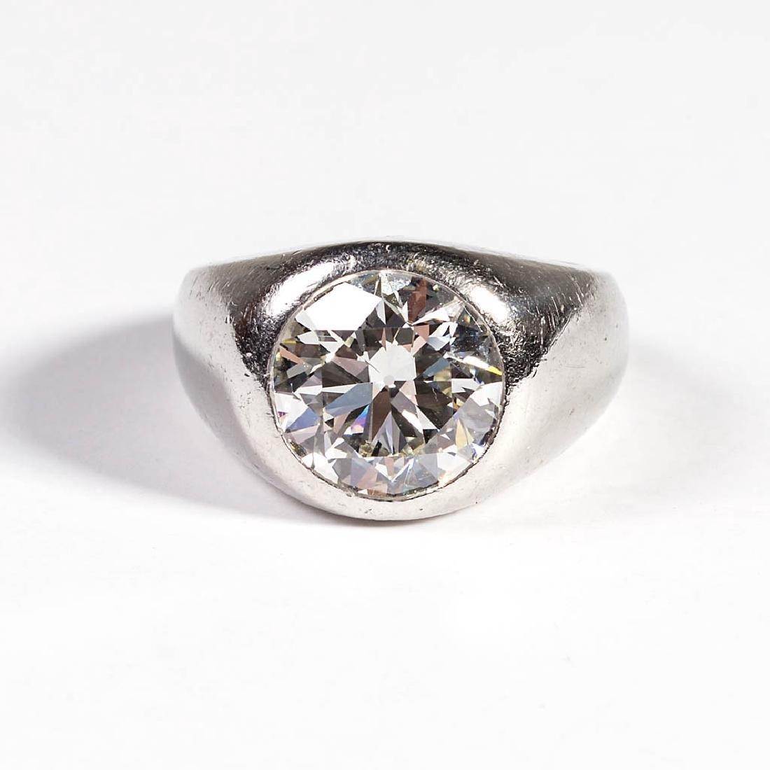 VINTAGE PLATINUM AND 5 CARAT DIAMOND